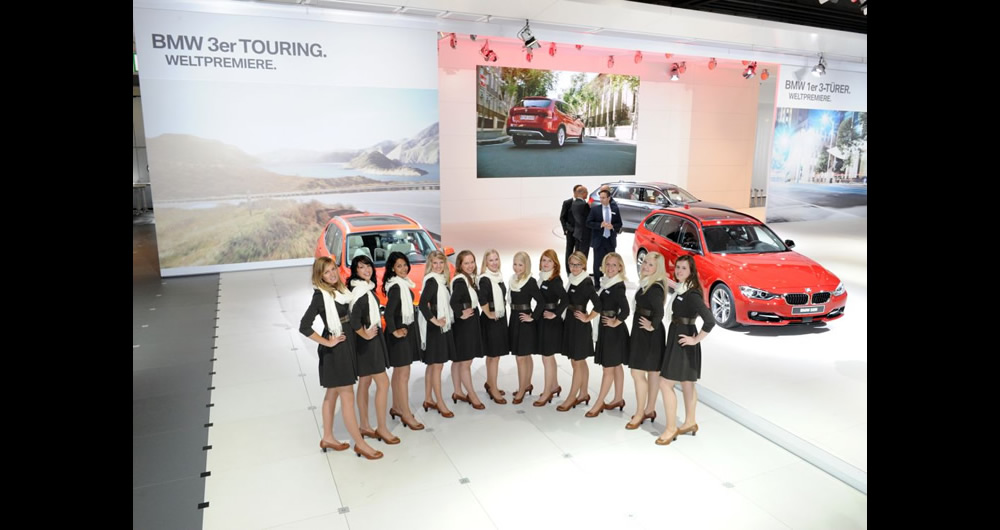 BMW_3er touring_weltpremiere_rot_messe_ladies